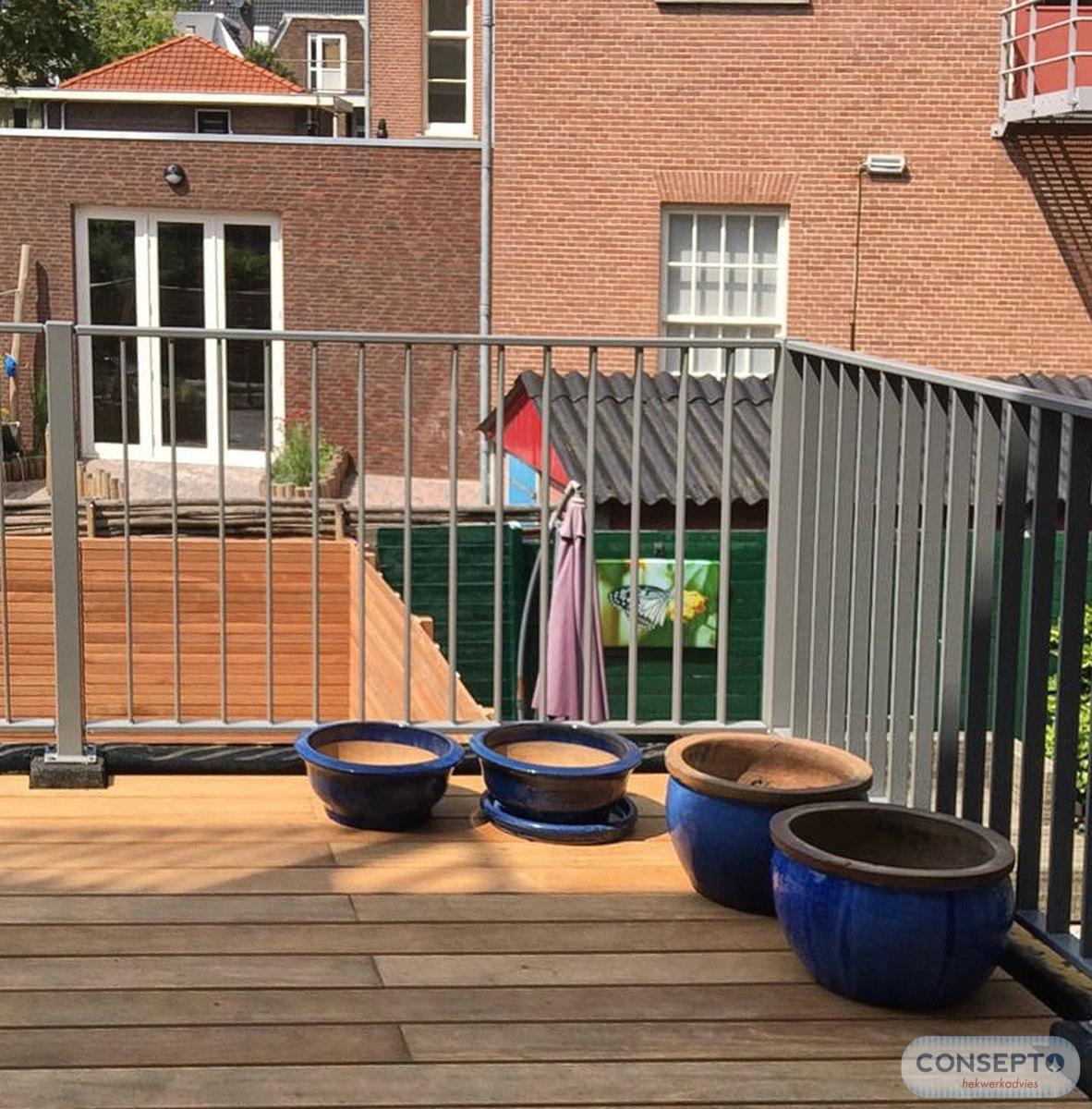 Balkonhekwerk platte spijlen | Consepto Hekwerk