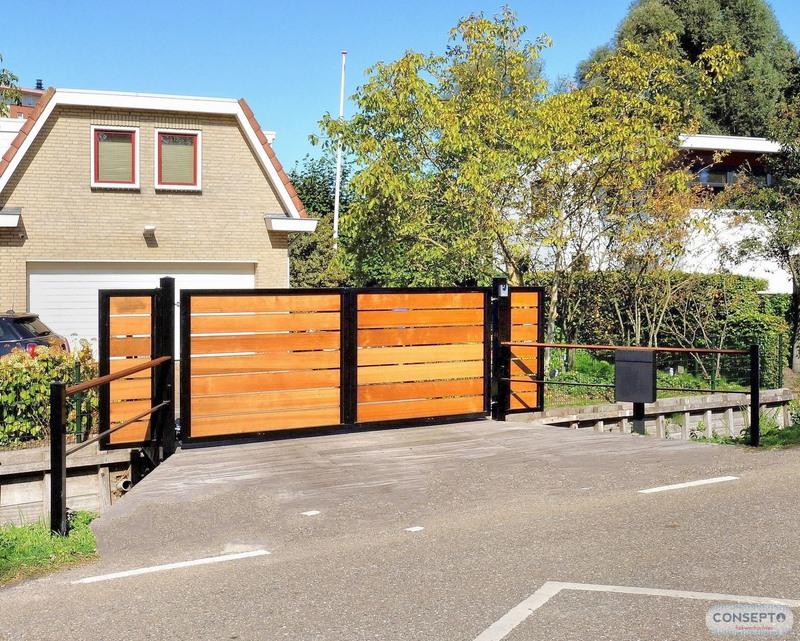 Consepto Hekwerk-Houten poort Red Cedar inrijpoort sierpoort Elektrisch