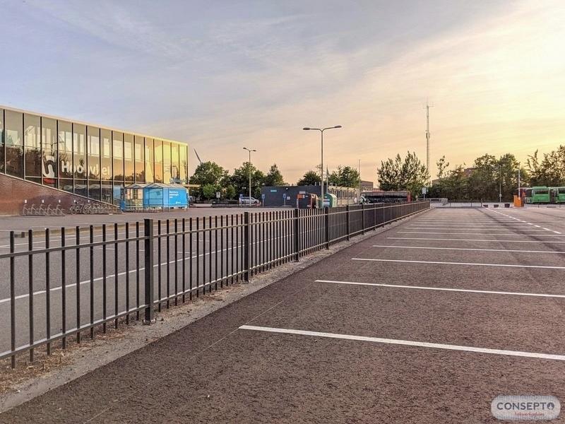 Consepto Hekwerk-Spijlenhekwerk parkeerterrein supermarkt