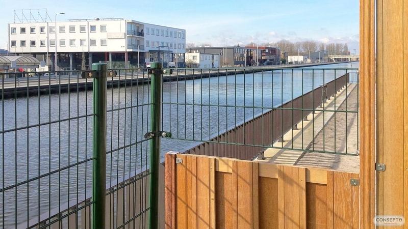 Consepto Hekwerk-Kindveilig Dubbelstaafmathekwerk water sloot